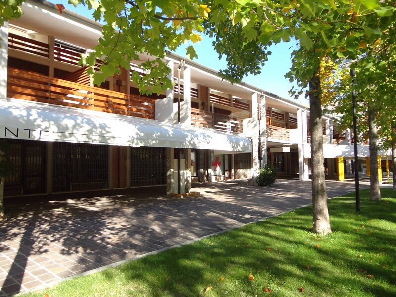 Nice Apartment For 6 People - Ac - Terrace, location de vacances à Porto Santa Margherita