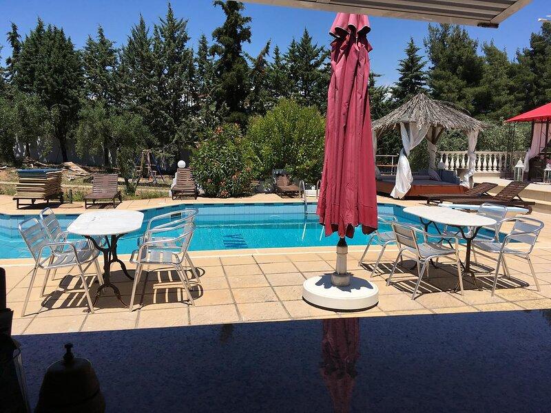 Villa Askamnia Deluxe - Honeymoon Deluxe Suite, location de vacances à Vatopedi