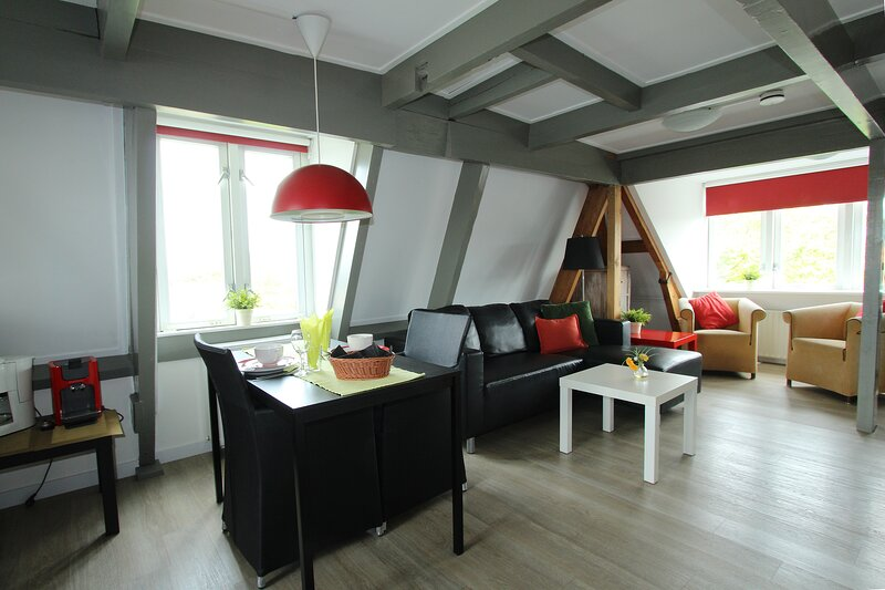 De Zilvermeeuw 2 person Studio, casa vacanza a Egmond-Binnen