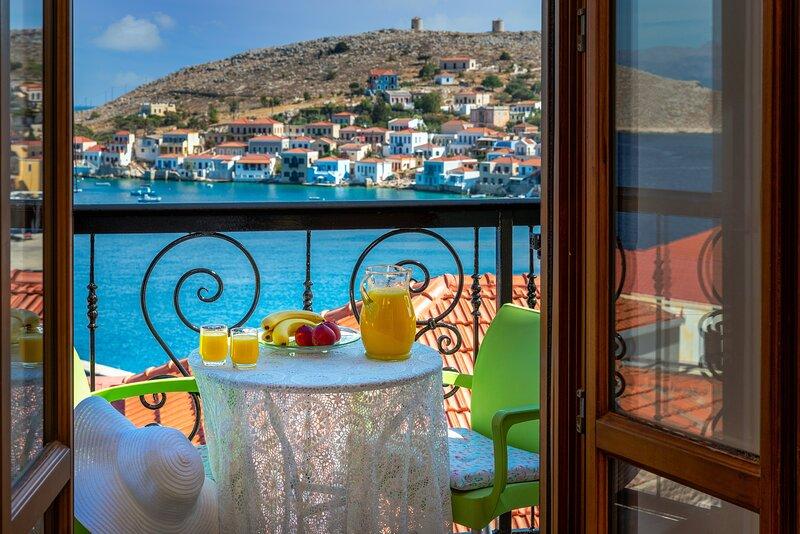 Nikols Apartment, holiday rental in Tilos