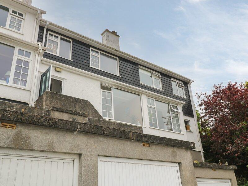 8 Bowjey Terrace, Newlyn, vacation rental in Newlyn
