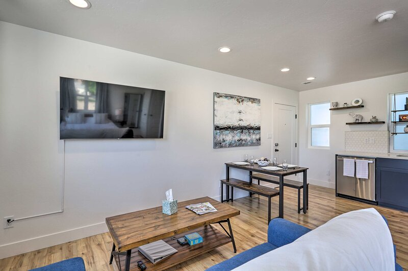 NEW! Adorable Studio, Walk to Dtwn Grand Junction!, holiday rental in Fruitvale