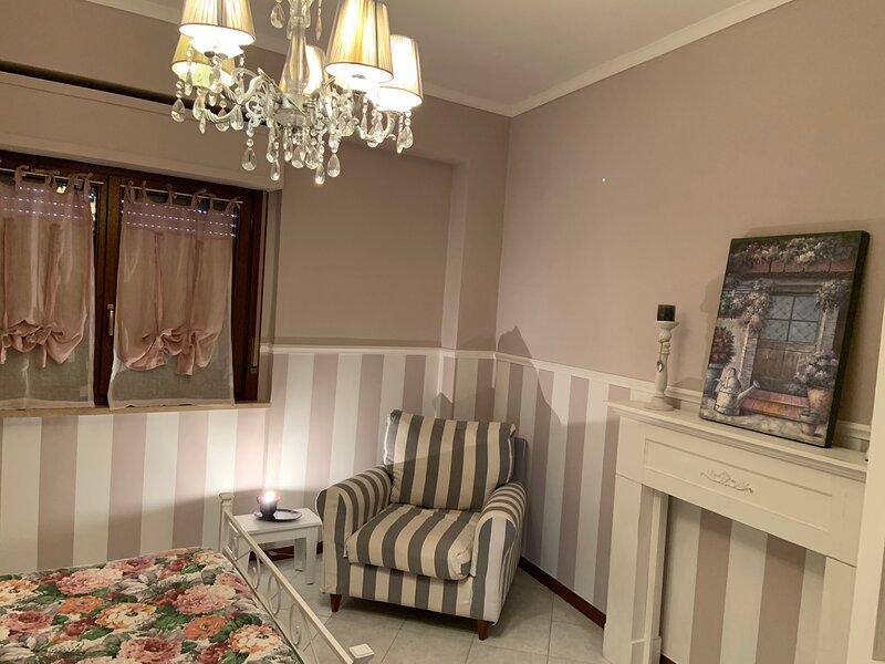 Appartamento chic in centro, casa vacanza a Nettuno