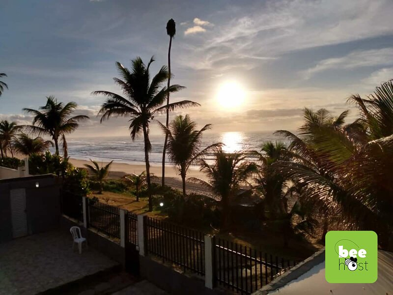 Pé na Areia! Frente total mar!, holiday rental in Abrantes