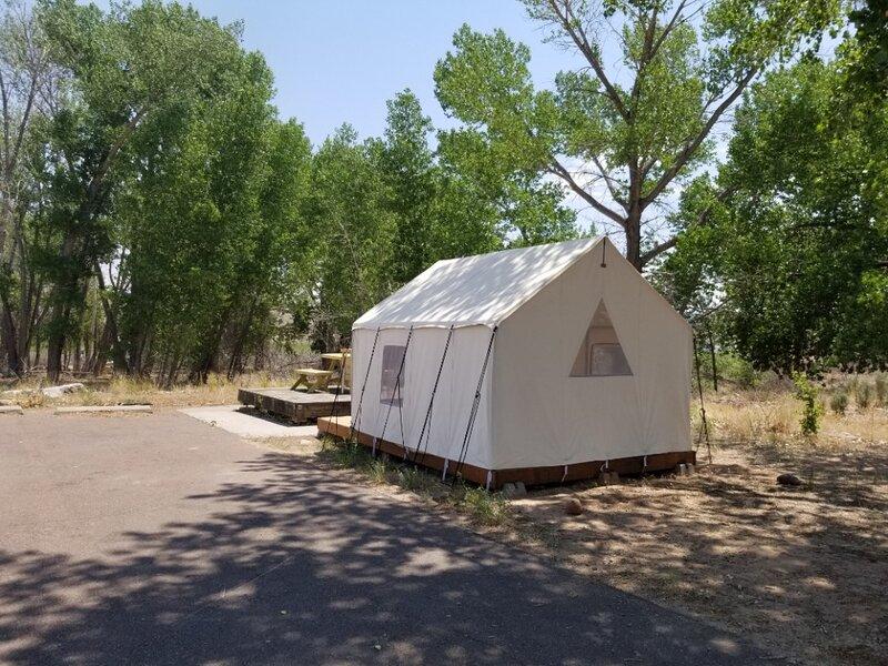 Tentrr State Park Site - Steinaker State Park: Campsite 1, alquiler vacacional en Jensen