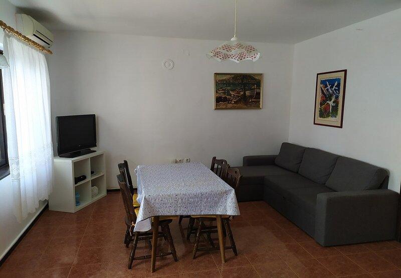 Jase - 40 m from sea: A1(4+1) - Zaboric, location de vacances à Zaboric