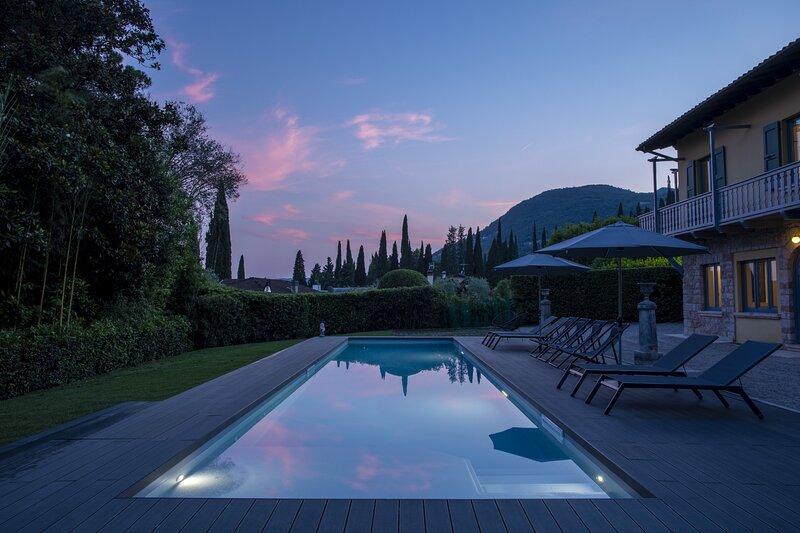 Villa Laura, casa vacanza a Gardone Riviera