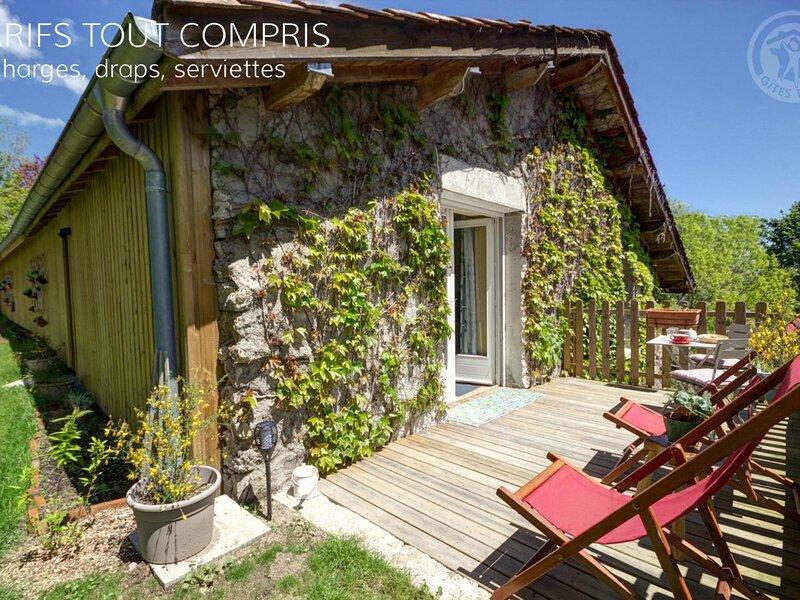 Studio : Au paradis du Loir, holiday rental in Saint-Just-en-Chevalet