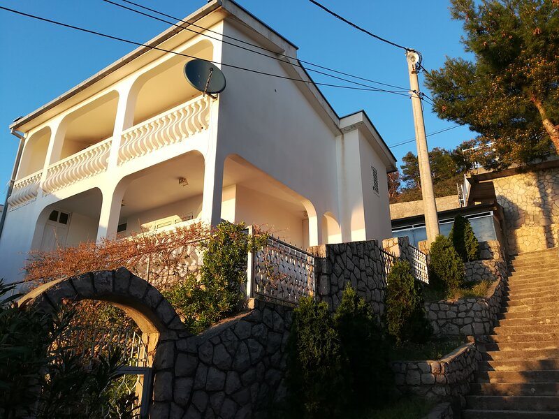 Villa Yovan Seaview, holiday rental in Dubrava