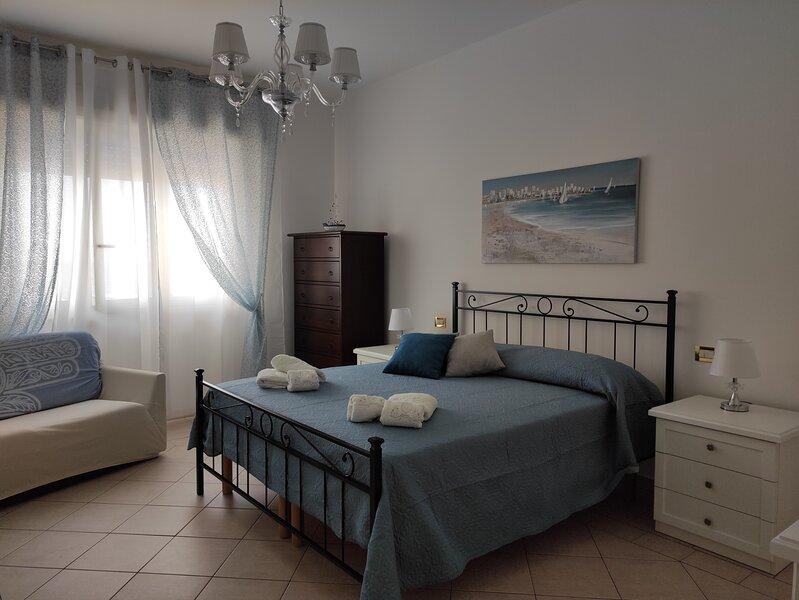 Appartamento esclusivo vista sulla spiaggia, vacation rental in Erice