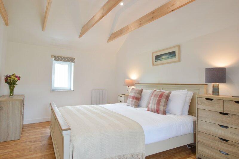 Easdale Cottage - Rural Croft Cottage, holiday rental in Balvicar