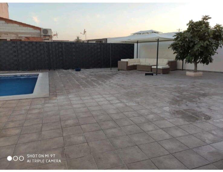 Apartamentos NayDa magnífica casa con piscina, alquiler de vacaciones en Mérida