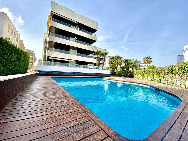 PIPA VILANOVA HLCLUB APARTMENT, vacation rental in Vilanova i la Geltru