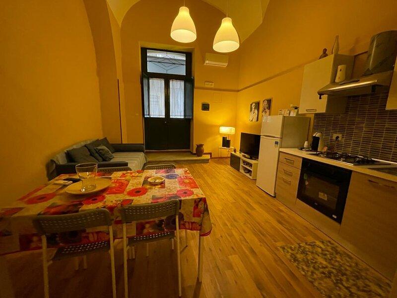 Casa Natalia, Appartamento in Centro, vacation rental in Catania