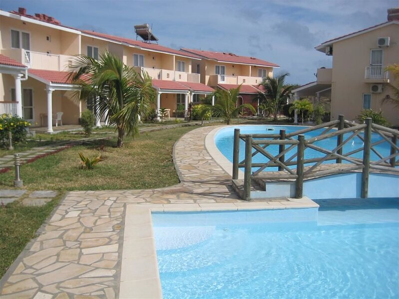 Spacious house with shared pool, vacation rental in Grand Gaube