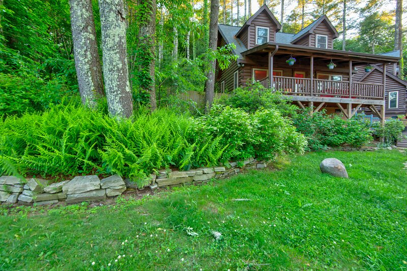Uncle Earl's Haven at Heritage Hill, vacation rental in Valle Crucis