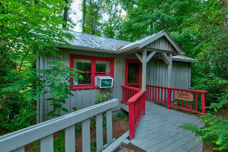 Gazebo Cabin at Heritage Hill, vacation rental in Valle Crucis