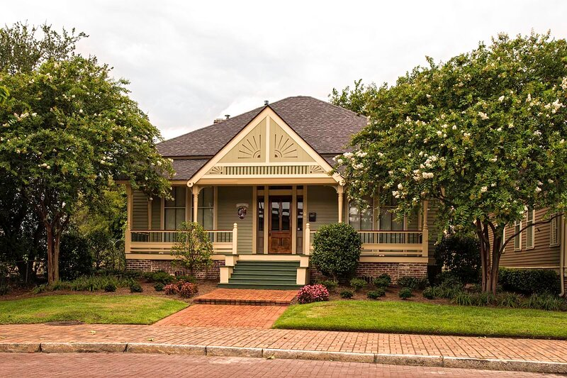 Blakely Cottage, holiday rental in Daphne