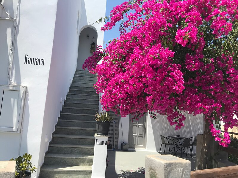 Kamara rooms and studios in Naousa Paros, alquiler de vacaciones en Naoussa