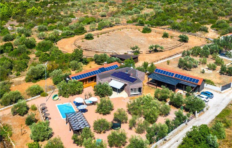 Geniet van rust en afgelegen natuurstranden (CDV846), alquiler de vacaciones en Tribunj