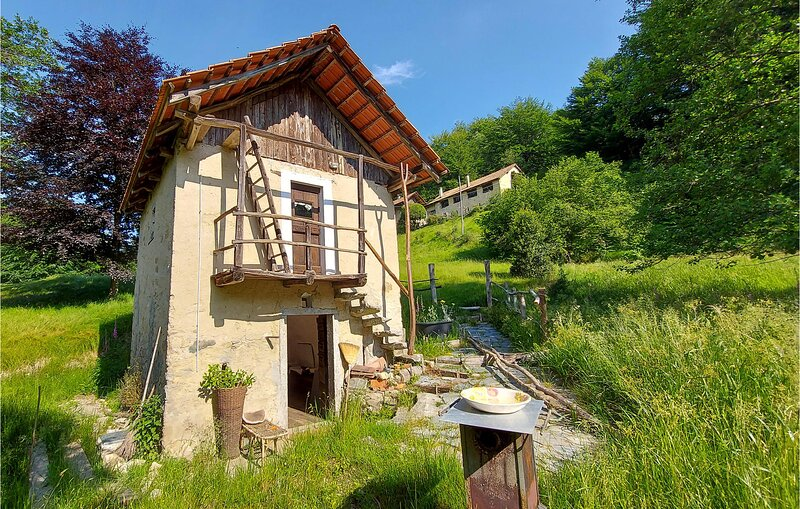 Awesome home in Artò with  (IVO128), holiday rental in Varallo