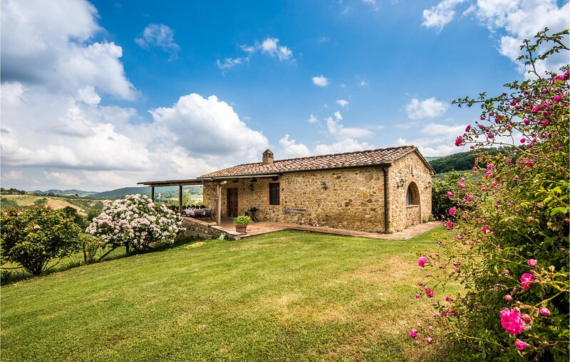 La capannina (ITS040), holiday rental in Montalcinello