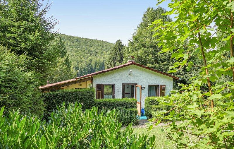 Beautiful home in Winterstein with 3 Bedrooms (DTH540), casa vacanza a Finsterbergen