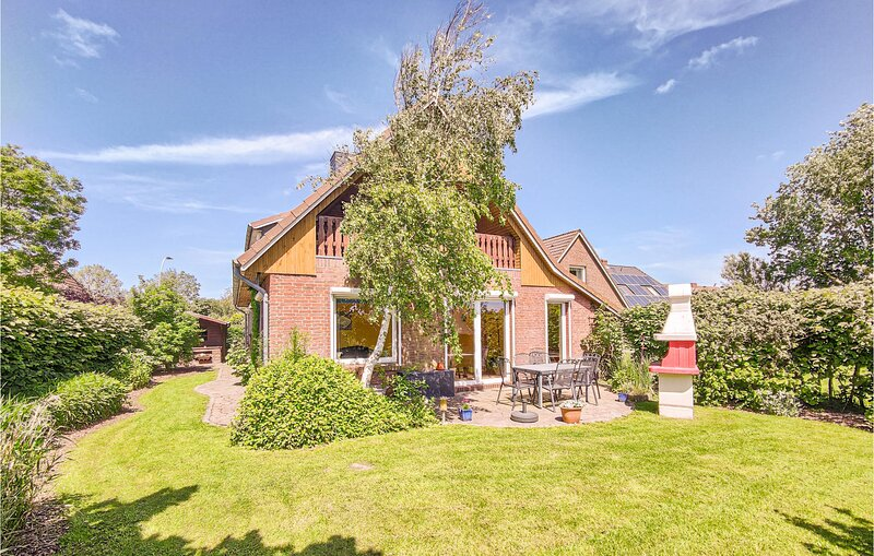 Nice home in Dagebüll with WiFi and 4 Bedrooms (DSH343), casa vacanza a Ockholm