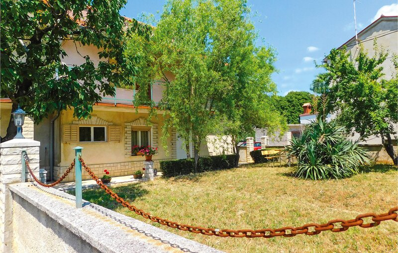 Nice home in Marcana with WiFi and 2 Bedrooms (CIR185), holiday rental in Marcana