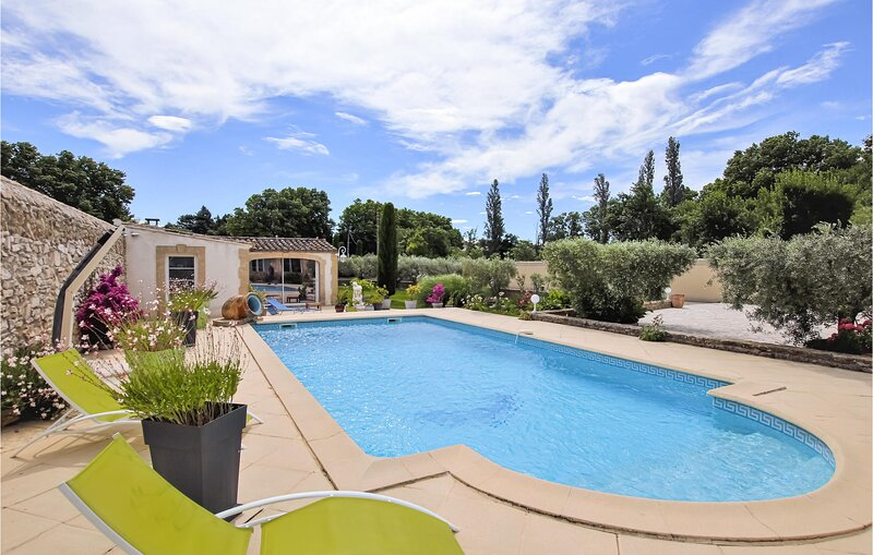 Nice home in Lancon de Provence with WiFi and 0 Bedrooms (FPB266), holiday rental in Salon-de-Provence
