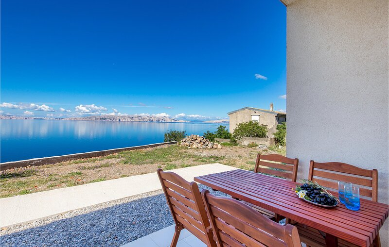 Amazing home in Sv.Juraj with WiFi and 1 Bedrooms (CKV350), holiday rental in Lokva