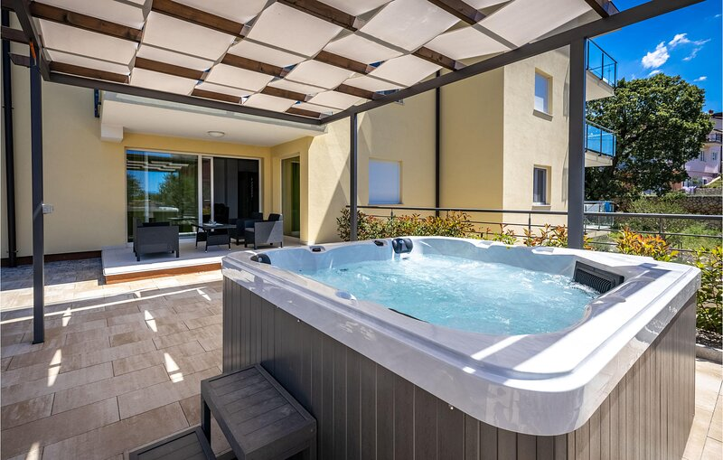 Awesome apartment in Kostrena Sveta Lucij with Outdoor swimming pool, Jacuzzi an, holiday rental in Kostrena