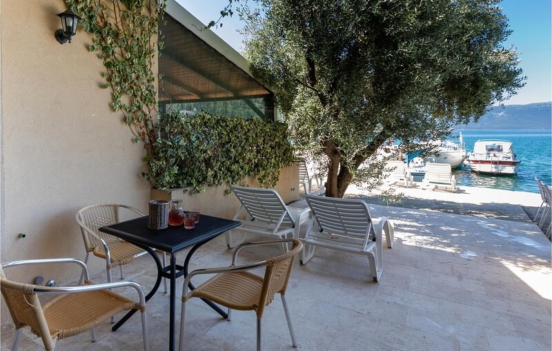 Nice home in Blace with WiFi and 1 Bedrooms (CDR198), holiday rental in Blace