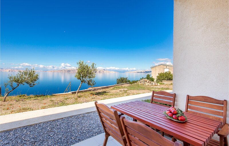 Beautiful home in Sv.Juraj with WiFi and 1 Bedrooms (CKV349), holiday rental in Lokva