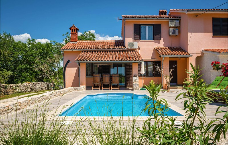 Awesome home in Marcana with WiFi and 1 Bedrooms (CIL906), holiday rental in Divsici