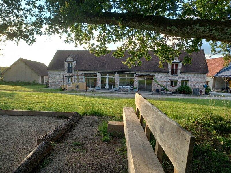 La Bergerie, holiday rental in La Ferte-Beauharnais