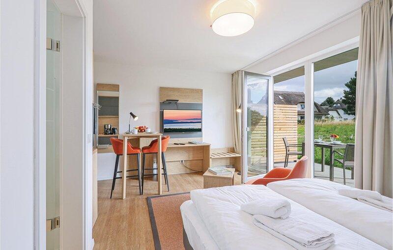 Nice apartment in Puttbus/Rügen with WiFi (DMR521), casa vacanza a Lauterbach