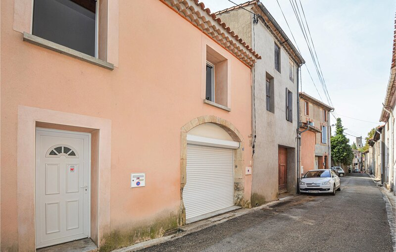 Nice home in Cessenon sur Orb with 2 Bedrooms (FLH123), holiday rental in Cessenon-sur-Orb