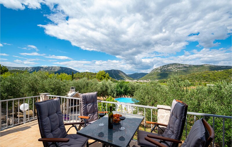 Stunning home in Ston w/ 1 Bedrooms (CDP186), holiday rental in Ston