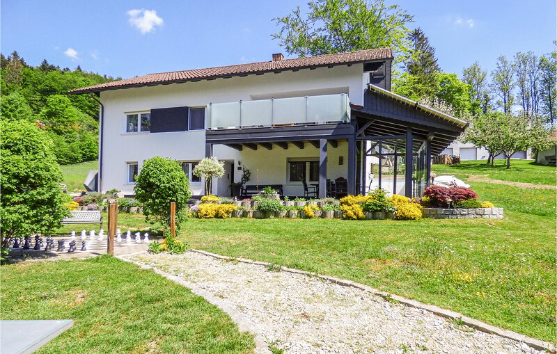 Amazing home in Untergriesbach with WiFi and 3 Bedrooms (DBA927), aluguéis de temporada em Passau