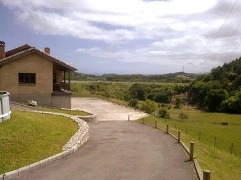 Casa Aradina, location de vacances à Ribadesella