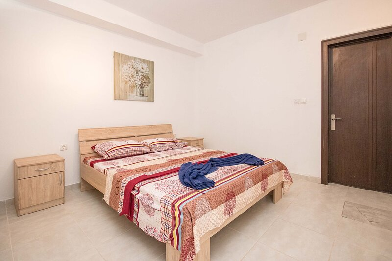 Apartments Sun with Sea View - One Bedroom Apartment, holiday rental in Dubrava