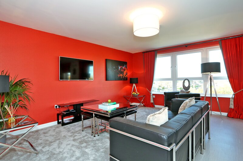 Amazing Aberdeen Home close to the coast, holiday rental in Blackburn