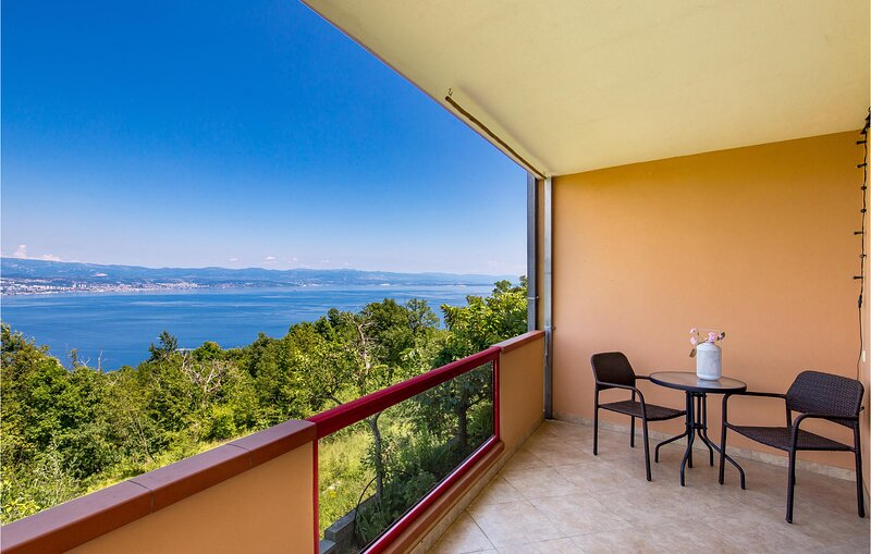 Amazing apartment in Lovran with WiFi and 1 Bedrooms (CKO067), casa vacanza a Ucka Nature Park