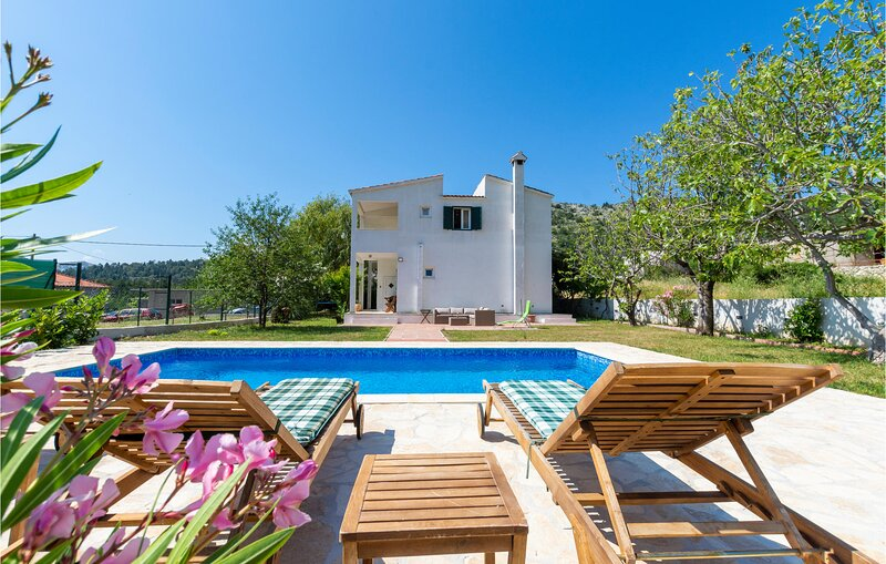 Amazing home in Gata with WiFi and 3 Bedrooms (CDT815), holiday rental in Gata