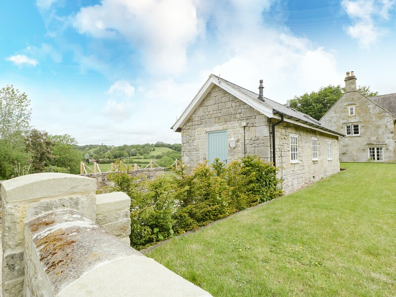The Little House, Shaftesbury, holiday rental in Fontmell Magna