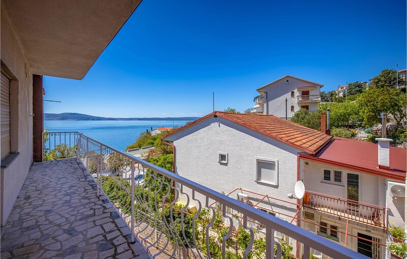 Awesome home in Novi Vinodolski with WiFi and 3 Bedrooms (CKN538), alquiler de vacaciones en Povile