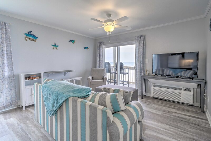 NEW! Coastal North Topsail Condo - Steps to Beach!, holiday rental in Sneads Ferry