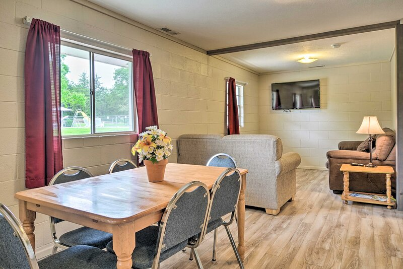 NEW! Dog-Friendly Branson Condo: Boat Slip & Grill, alquiler vacacional en Indian Point