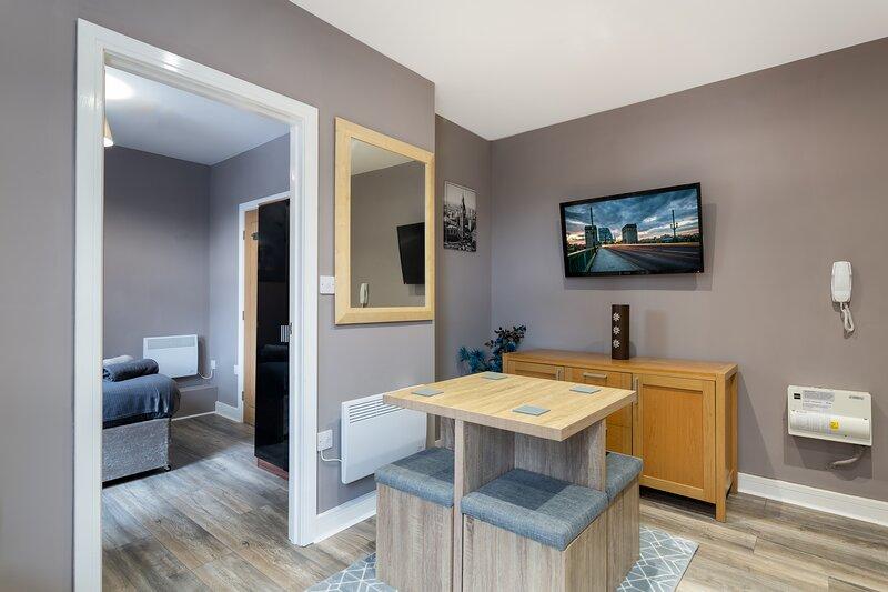 Darlington Centre Double Bed Spacious Apartment, vacation rental in Darlington